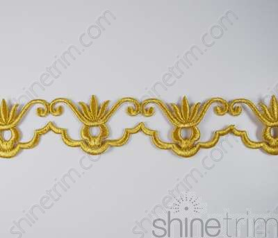 Embroidered Scallop Trim