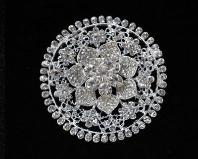 Flower Circle Rhinestone Brooch