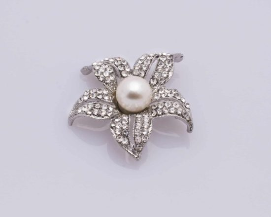 Small Pearl Lily Brooch