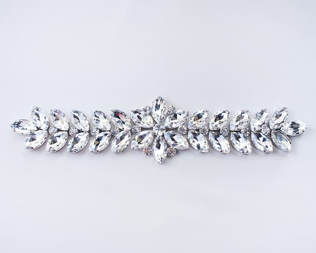 Donna Extra-Long Rhinestone Ornament