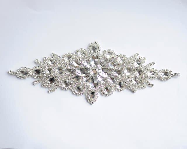 Petina Crystal Applique (Iron-On)