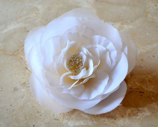 ORGANZA OPEN ROSE BROOCH