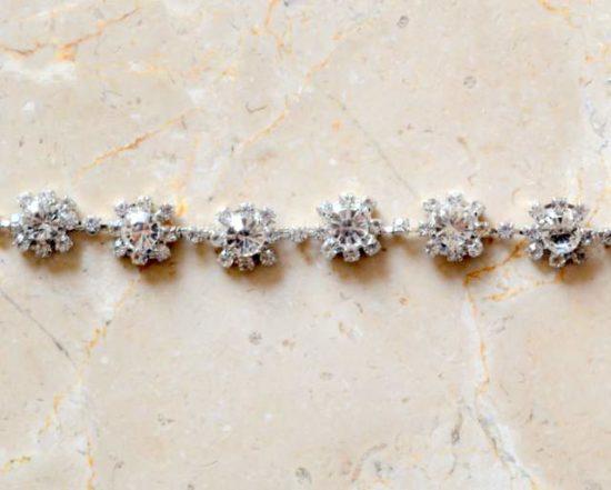 Daisy Flower Rhinestone Chain