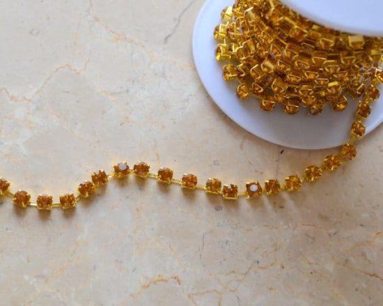 Topaz-Gold Rhinestone Chain (SS30)