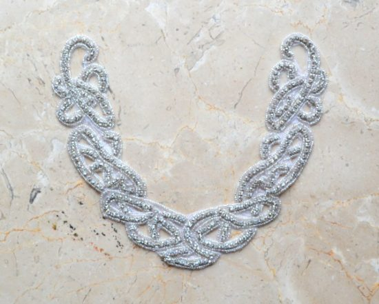 Chevelle Rounded Rhinestone Collar Applique (Iron-On)
