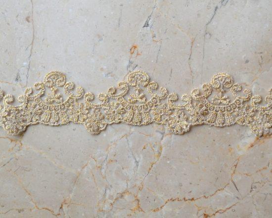 "2.25"" Gold Metallic Scallop Lace"