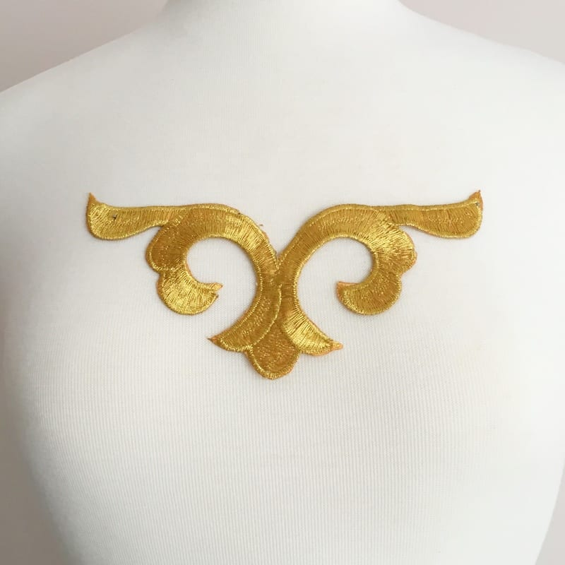 Embroidered Scroll Motif (Iron-On)