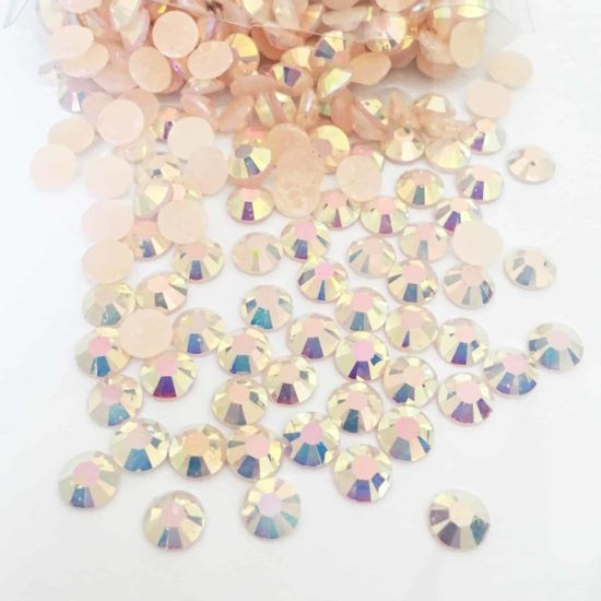 Acrylic Flatback Gem Stones (PEACH AB) SS30 (PACK OF 1000)