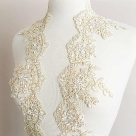 Rhea Embroidered Scallop Lace Trim