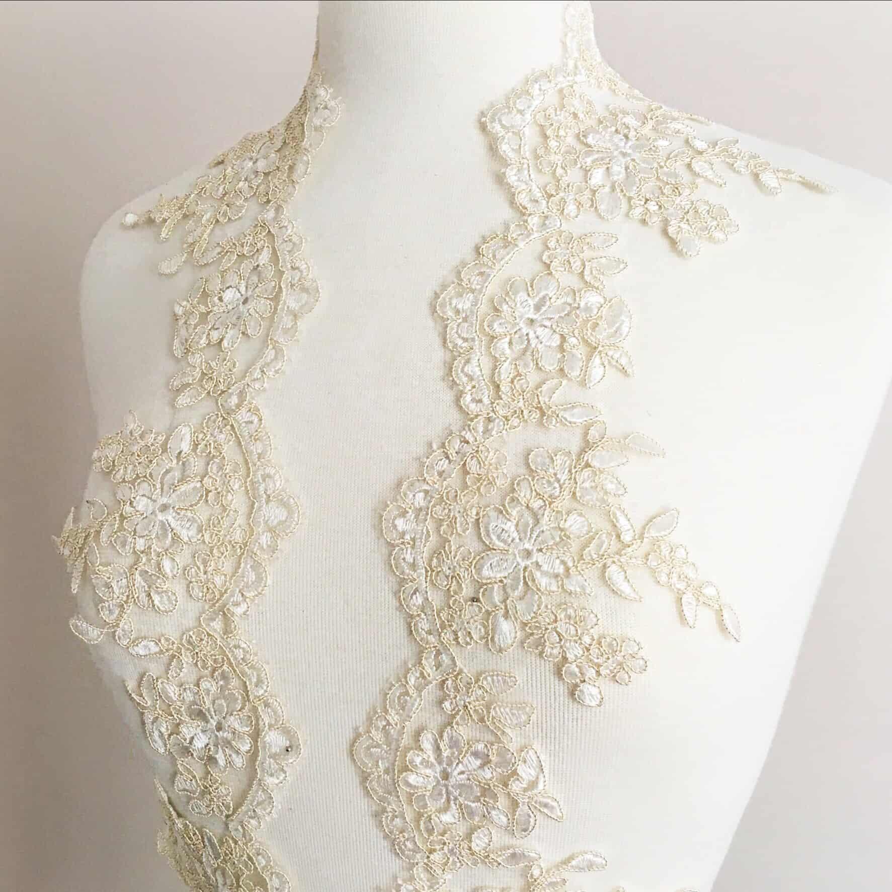 Rhea Embroidered Scallop Lace Trim