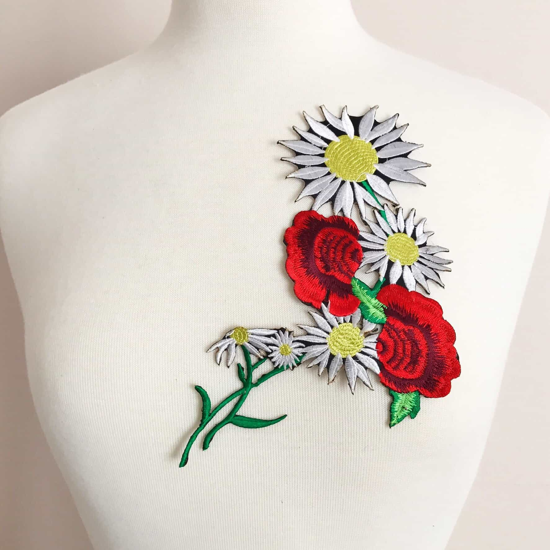 Embroidered Daisy Bouquet Applique