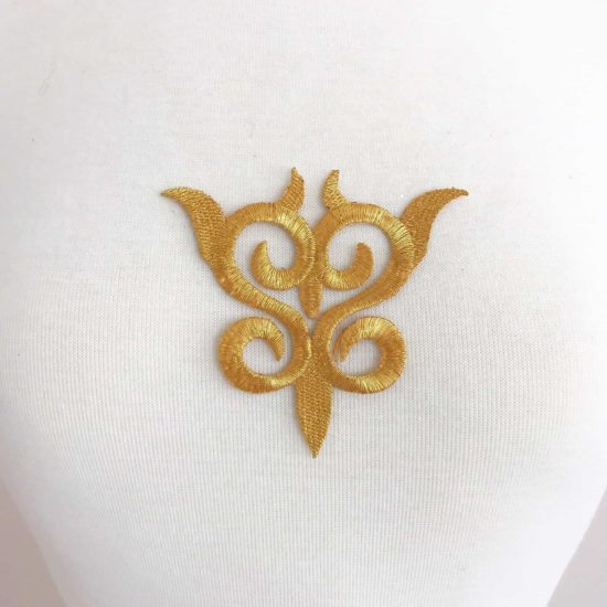 Embroidered Small Scroll (Iron-On)