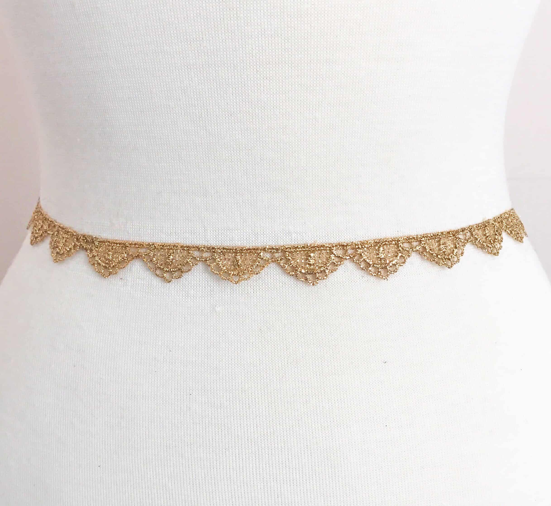 Petit Gold Metallic Scallop Lace