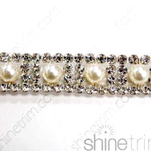Pearl Center Rhinestone Band