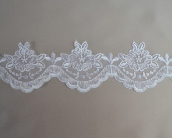 Fortuna Organza Scallop Border Lace Trim